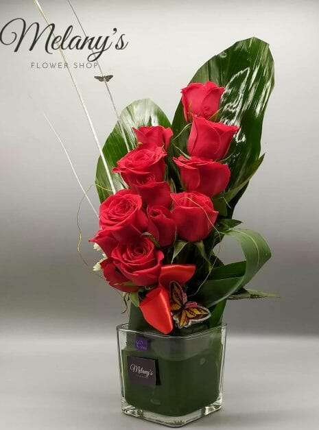 rosas rojas petit melany flower shop (2) with logo_