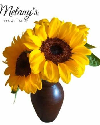 arreglo floral con girasoles en el salvador