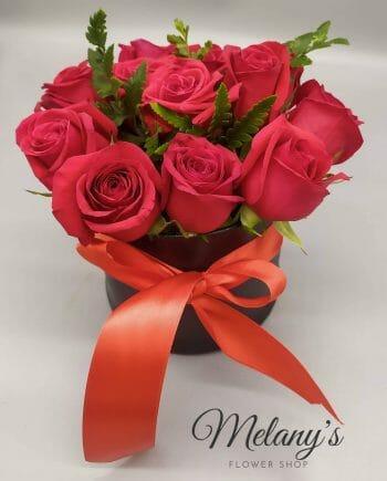 All you need is love - arreglo de rosas el salvador