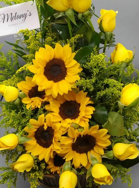 Love in yellow 2 - Rosas amarillas en el salvador - Melany flower Shop